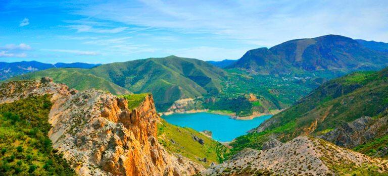 Med sporvogn ind i bjergene: El tranvía de la Sierra Nevada