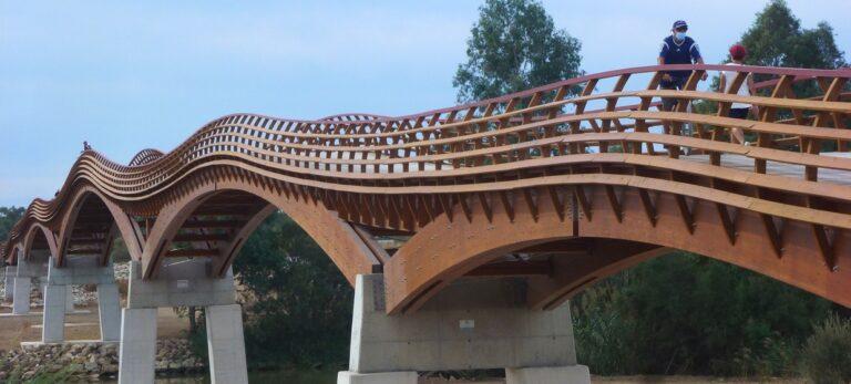 Den smukke træbro over Guadalhorces delta er nu åbnet
