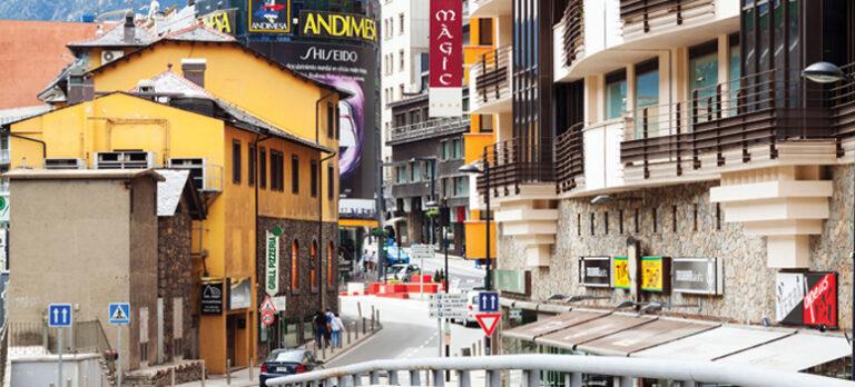 Spaniens naboer del 4 – Spanierne flygter fra Andorra