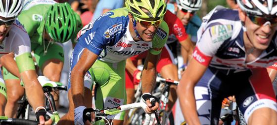Hård kamp i bjergene i årets Vuelta