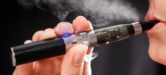Elektroniske cigaretter – Hvad er det, og hvilke regler gælder?