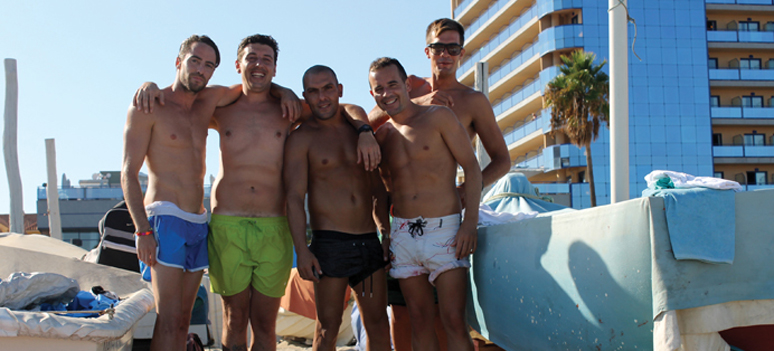 Mænd på strand