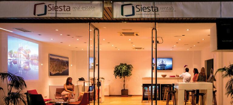 Siesta Real Estate servicerer sine kunder med nærhed og fantastisk service