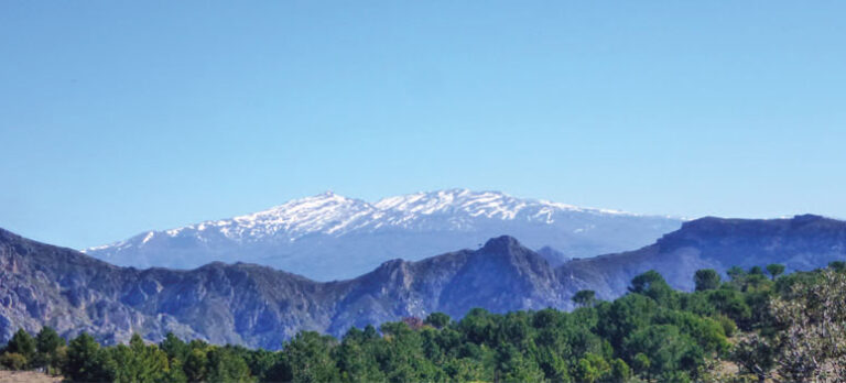 Altos de Jaloche og en bid af GR 7 – 2 panoramaruter næsten uden højdemeter