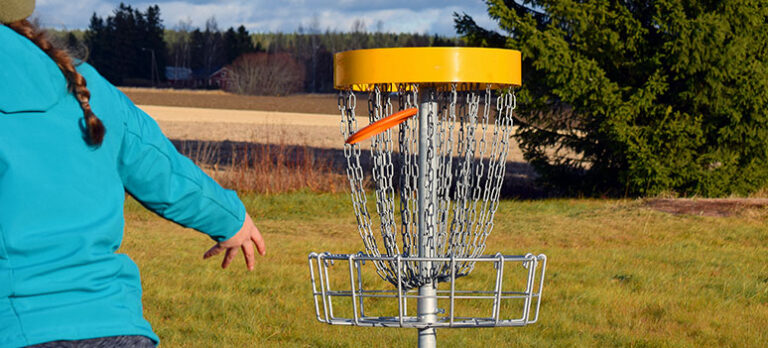 Disc Golf – på golfbanen med en frisbee i hånden