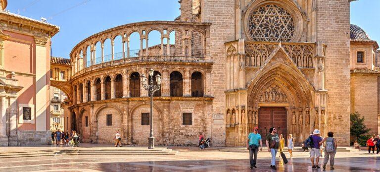 Den hellige grals vej gennem 2.000 år til både León og Valencia