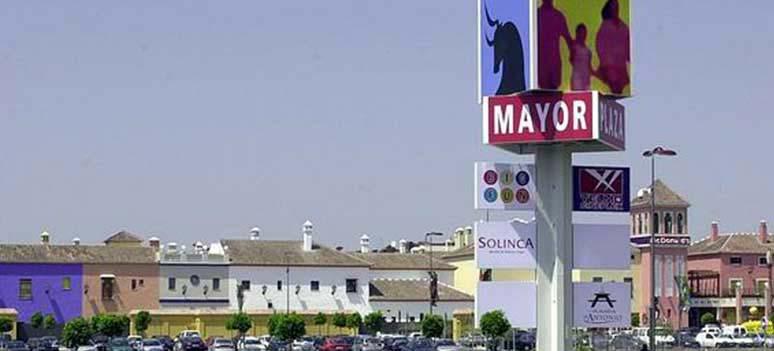 kn-Plaza-Mayor-outlet