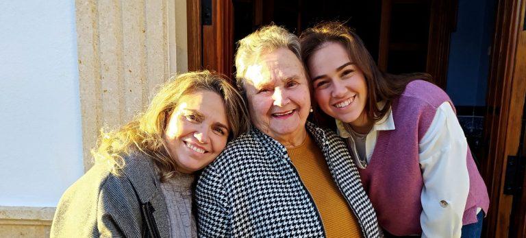 Kvinder i små andalusiske byer - fra analfabeter til universitetsuddannede i tre generationer