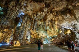 Besøg hulerne i Nerja gratis