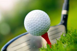 Lær at spille golf & spar penge på din green fee