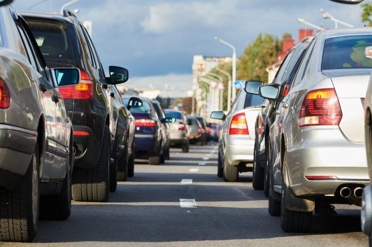 Atter masser af trafik og rejseaktivitet på kysten