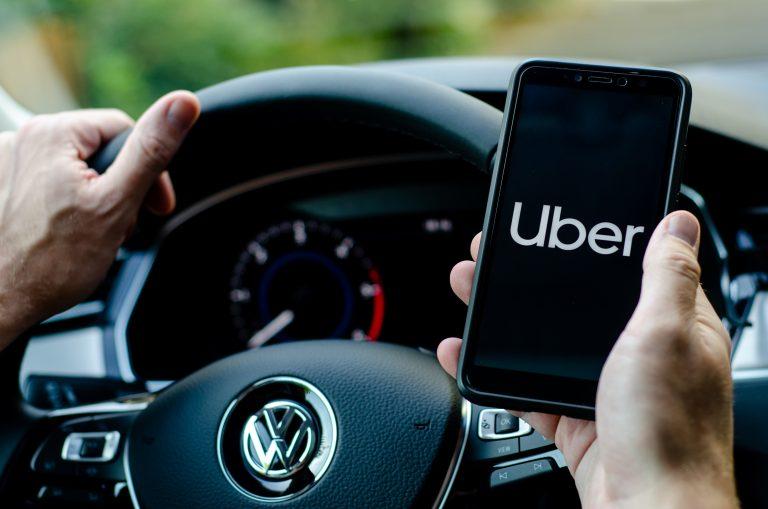 Uber og Cabify stormer frem